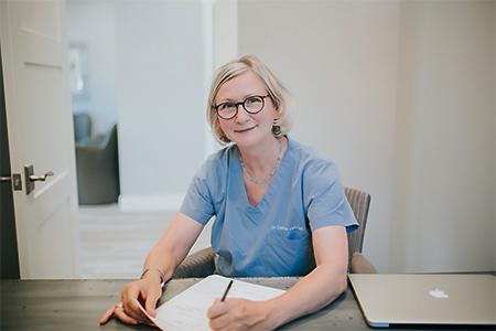 Dr. vanVlliet